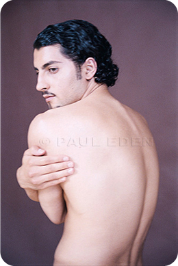 model-adhal-image-paul-eden